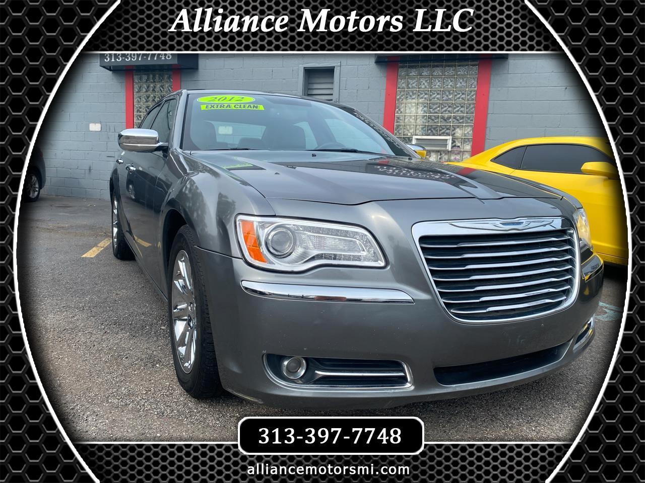 Chrysler 300 4dr Sdn V6 Limited RWD 2012