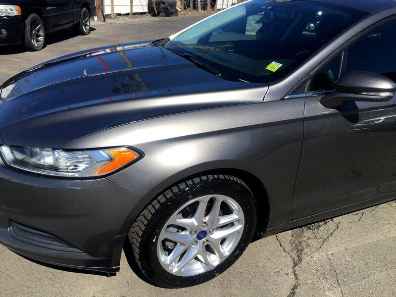 2013 Ford FUSION SE SE