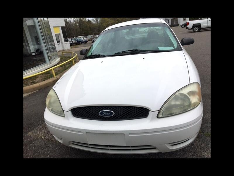 Ford Taurus SE 2005