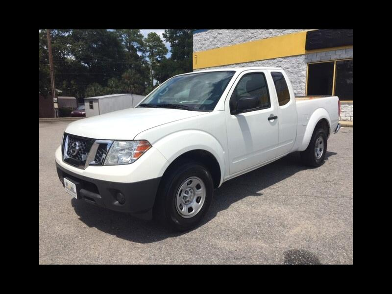 2015 Nissan Frontier SV King Cab I4 5MT 2WD