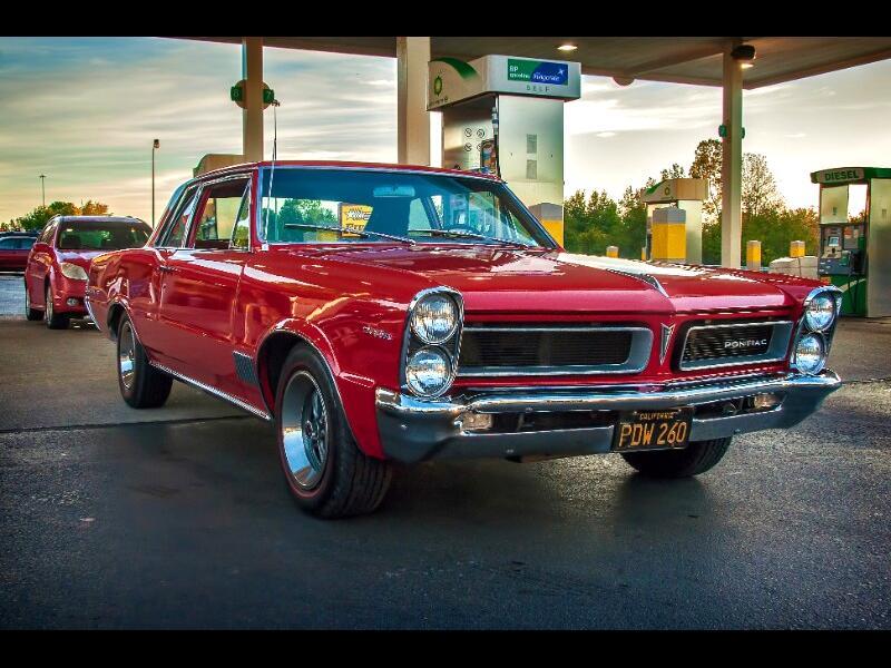 1965 Pontiac Lemans Base (auto)