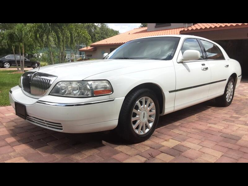 Lincoln Town Car Signature 2006