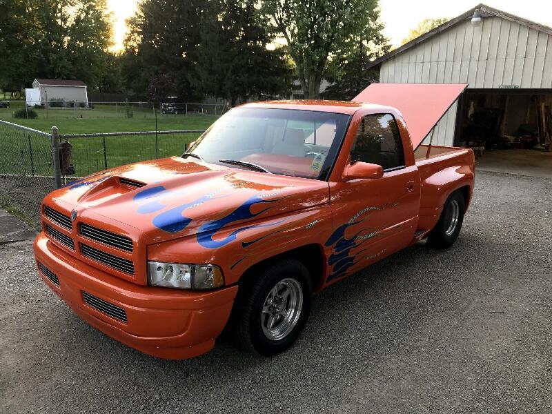 1994 Dodge Ram 1500 WS Reg. Cab 6.5-ft. Bed 2WD