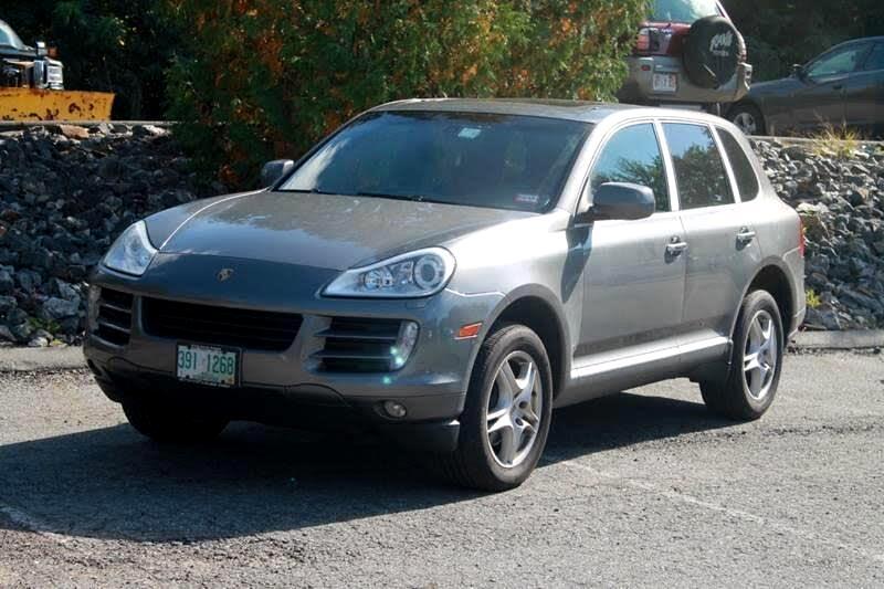 2010 Porsche Cayenne Base