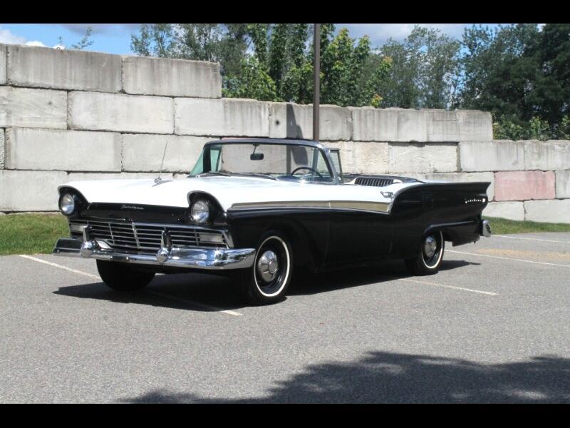 Ford Fairlane Sunliner Convertible  1957
