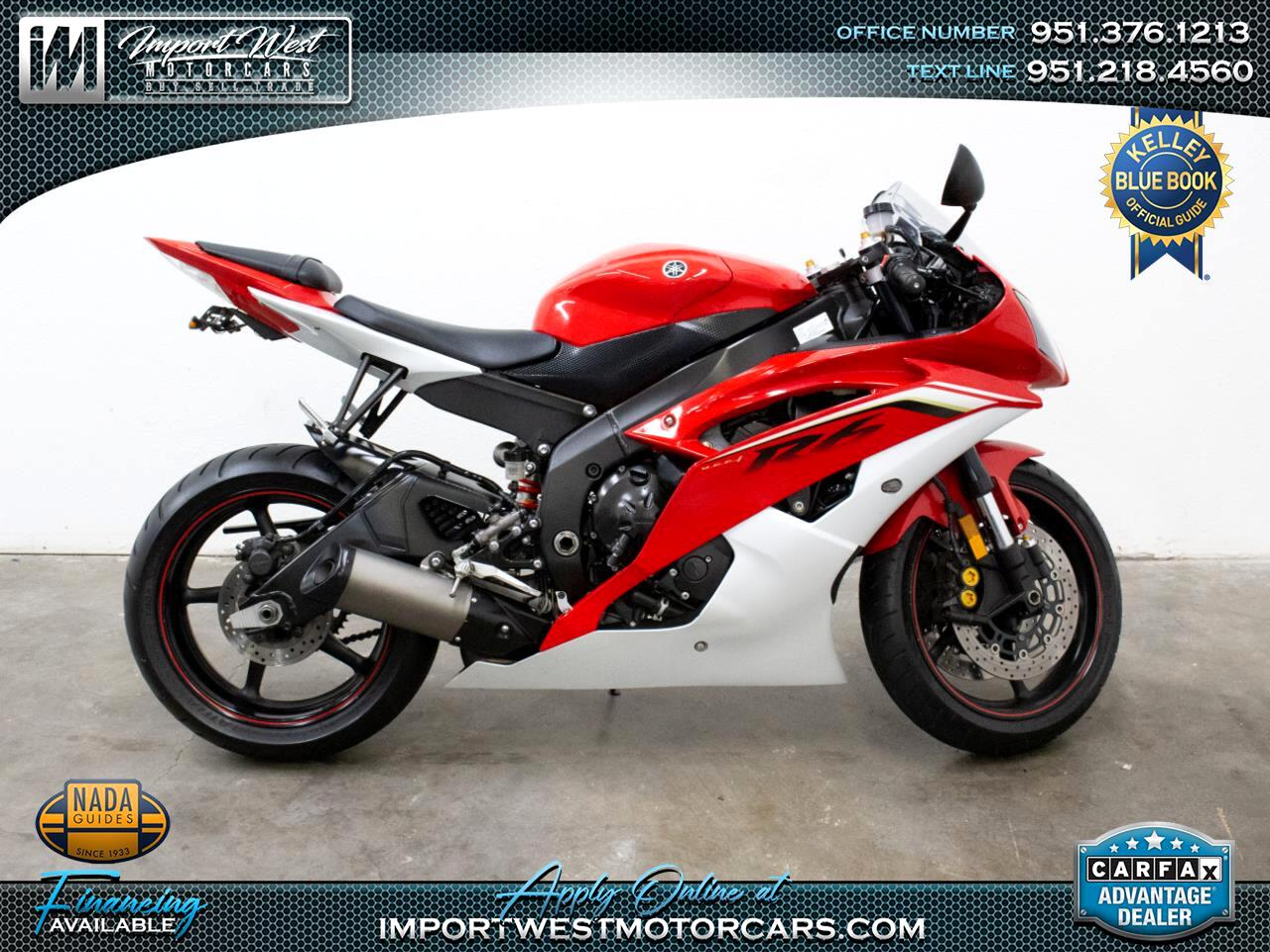 2013 Yamaha YZF-R6 RAPID RED/PEARL WHITE