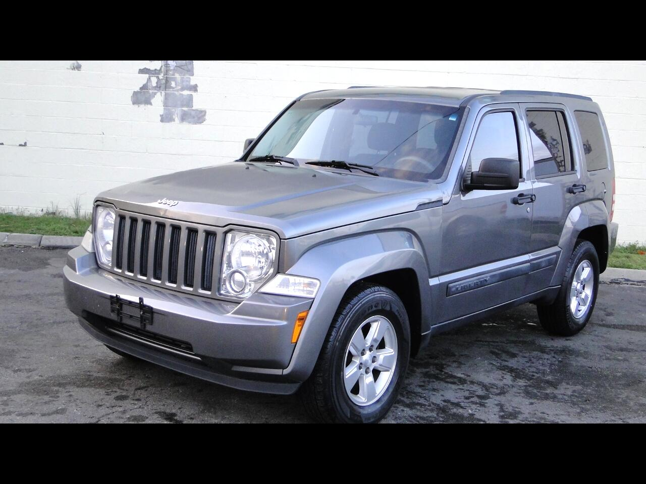 Jeep Liberty Sport 2WD 2012