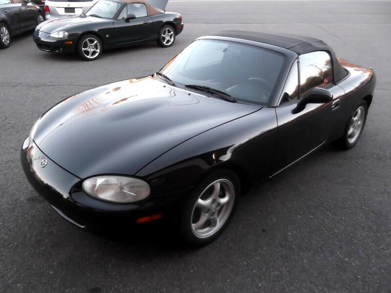 1999 Mazda MX-5 Miata 2dr Conv Cloth Manual