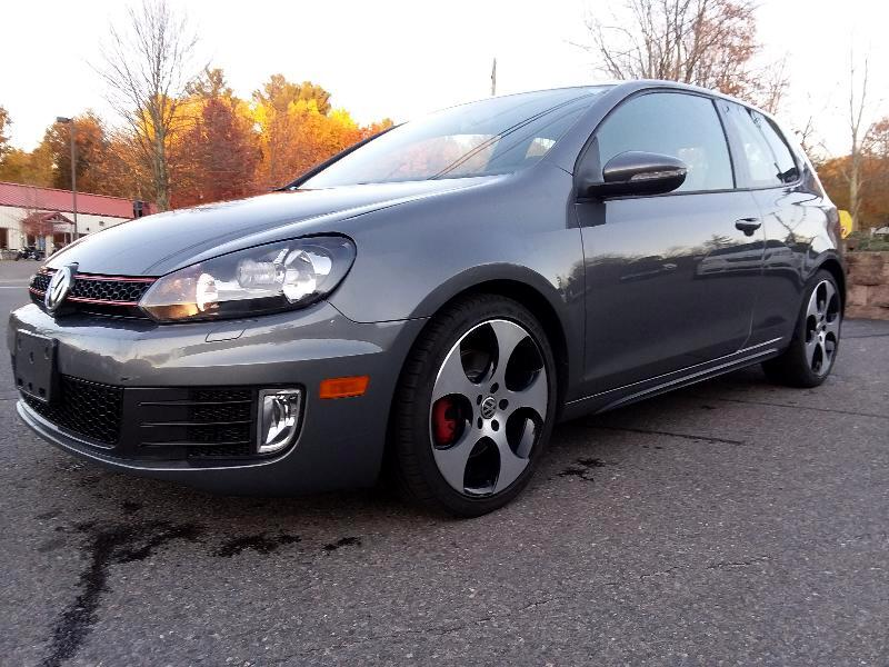 2013 Volkswagen Golf GTI 2.0T 4-Door S DSG