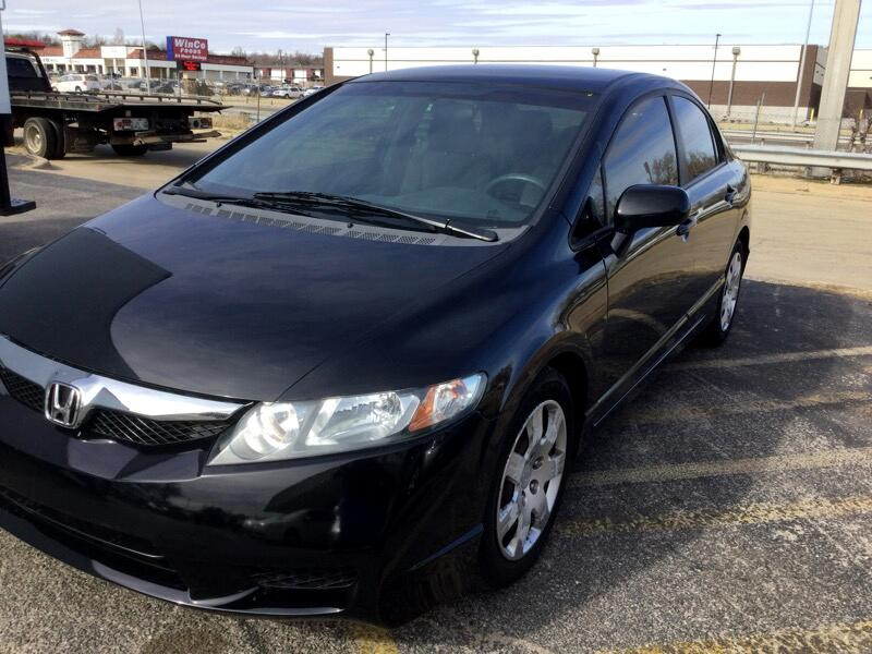 2009 Honda Civic LX Sedan 5-Speed AT