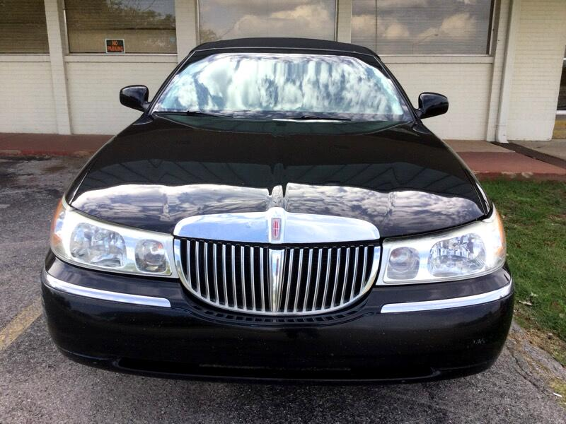 2002 Lincoln Town Car 4dr Sdn Cartier