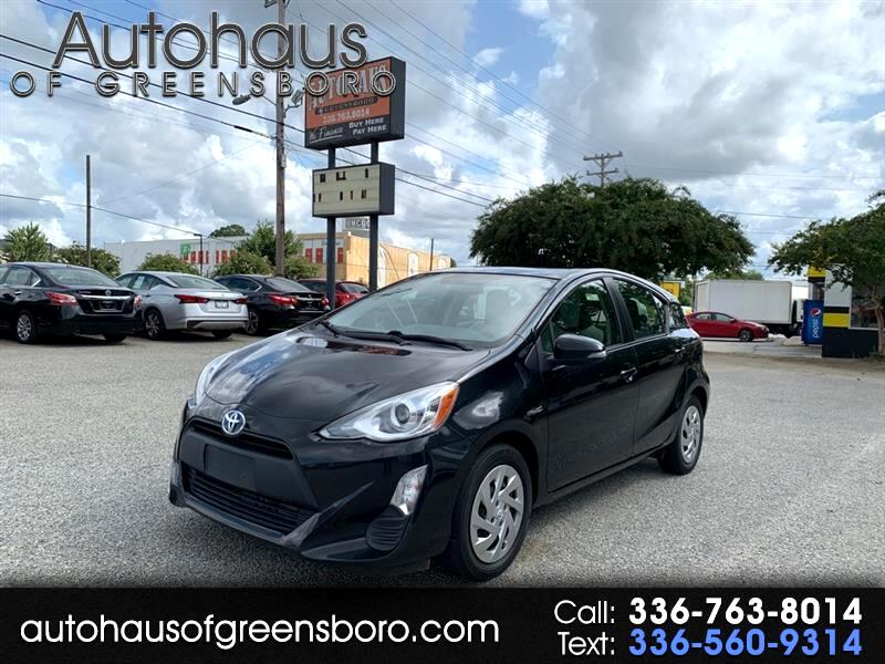 Toyota Prius c Persona Series Special Edition 2016