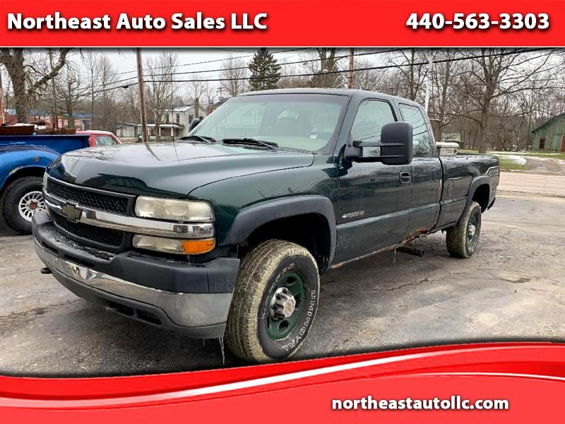 Chevrolet Silverado 2500HD Ext. Cab Long Bed 2WD 2002