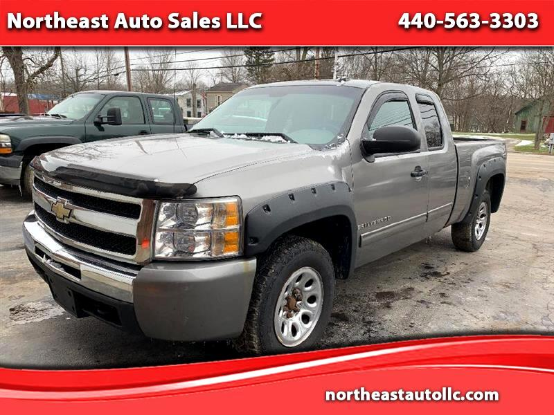 Chevrolet Silverado 1500 Work Truck Ext. Cab Long Box 4WD 2009