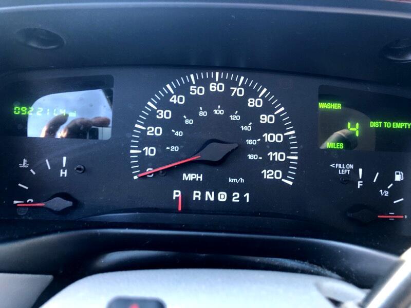 2000 Lincoln TOWN CAR E