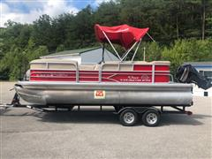 2017 Sun Tracker Party Barge