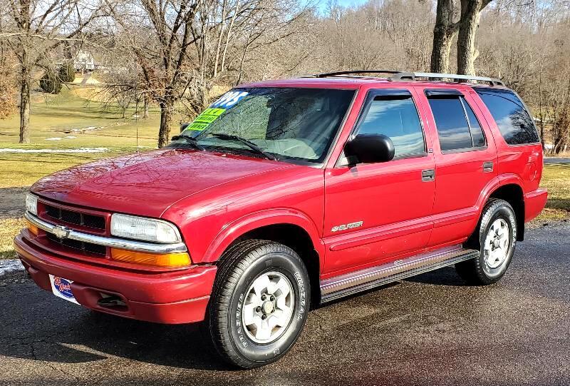 Chevrolet Blazer 4-Door 4WD LS 2002