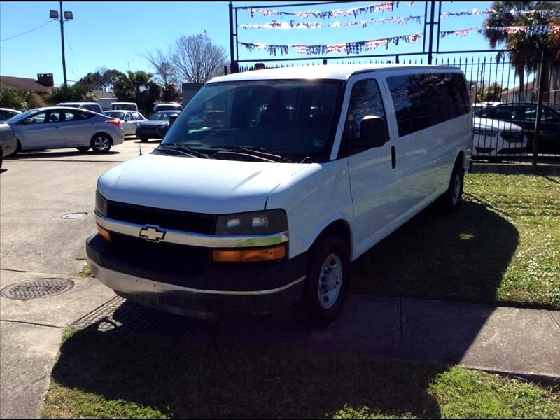 Chevrolet Express LS 3500 Extended 2009