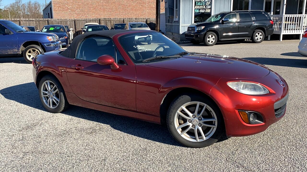 Mazda MX-5 Miata Grand Touring 2010