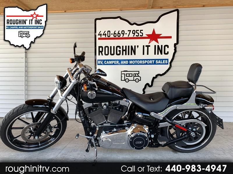 Harley-Davidson Breakout  2014