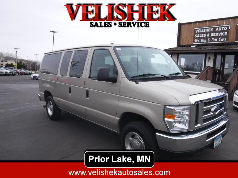 Ford Econoline E-350 XLT Super Duty 2013