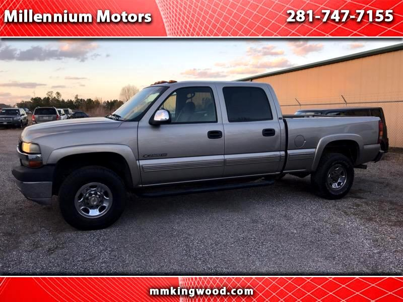 2002 Chevrolet Silverado 2500HD LT Crew Cab Short Bed 2WD