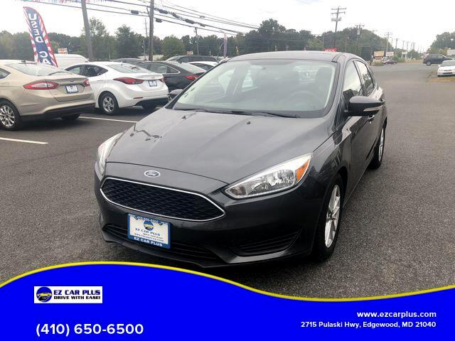 2015 Ford Focus SE Hatchback 4D
