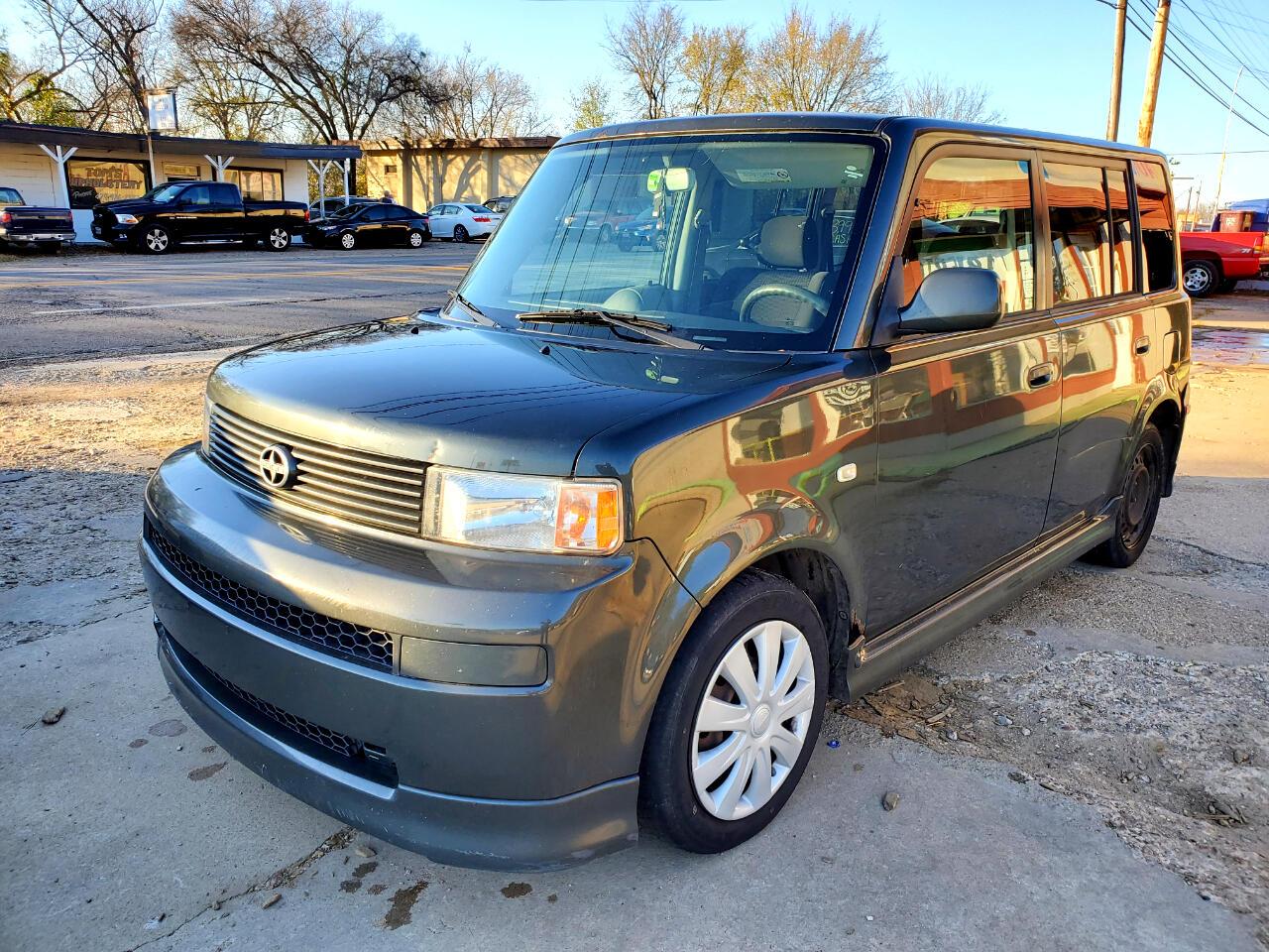 Scion xB Wagon 2005