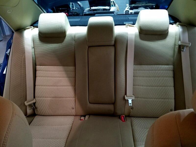 2016 Toyota Camry 4dr Sdn I4 Auto LE (Natl) *Ltd Avail*