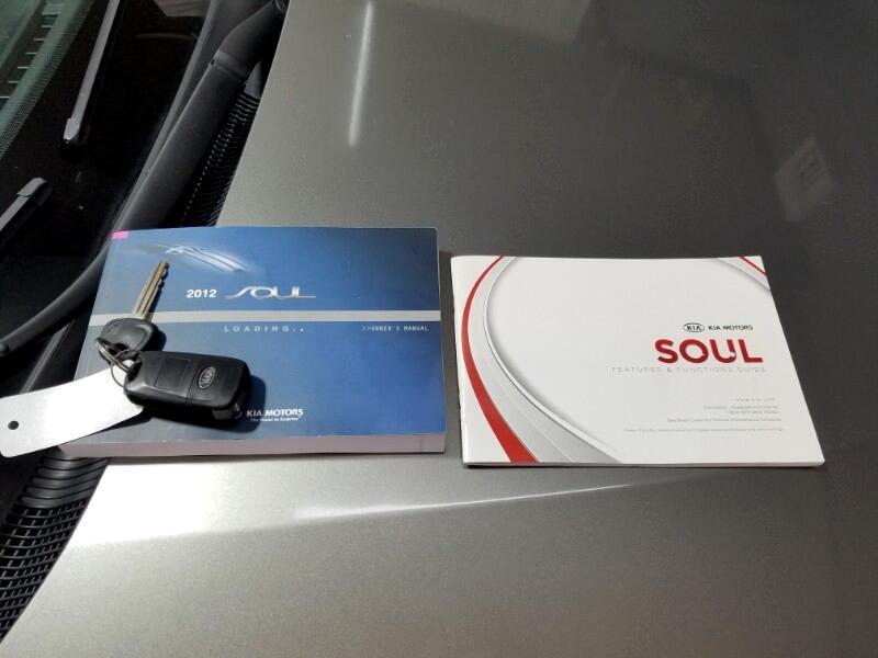 2012 Kia Soul !
