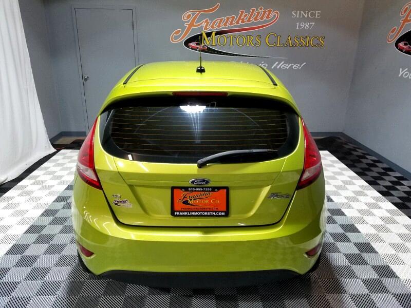 2013 Ford Fiesta SE Hatchback