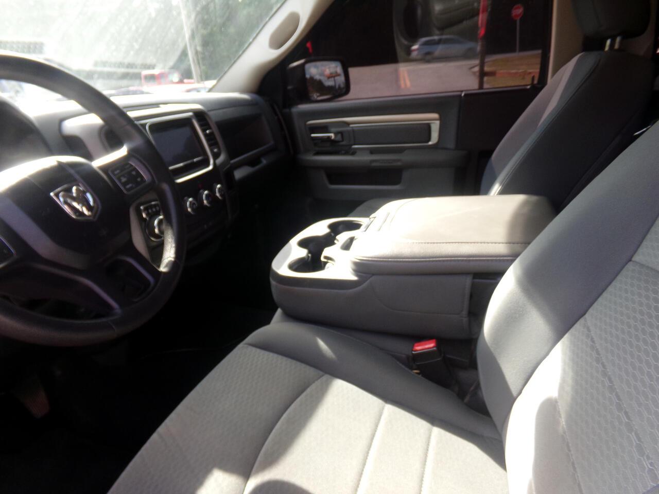 2015 RAM 1500 2WD Reg Cab 120.5