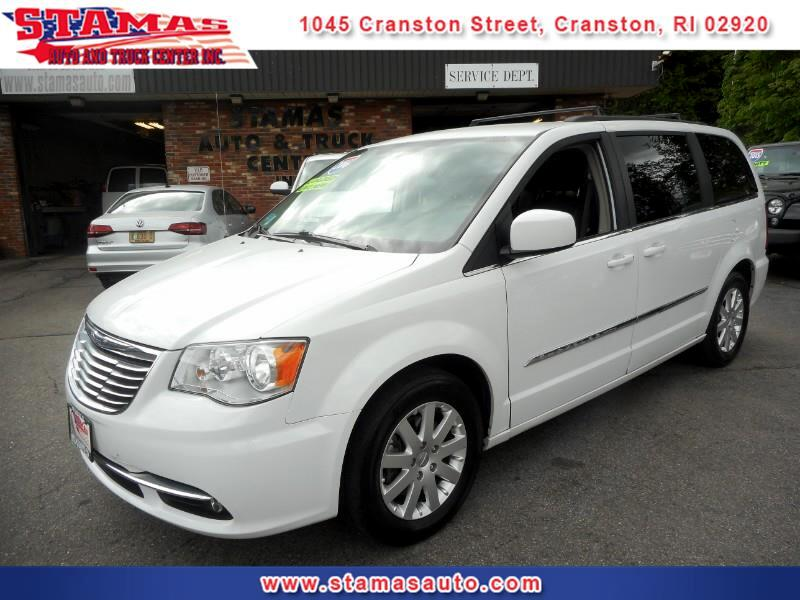 2016 Chrysler Town & Country Touring