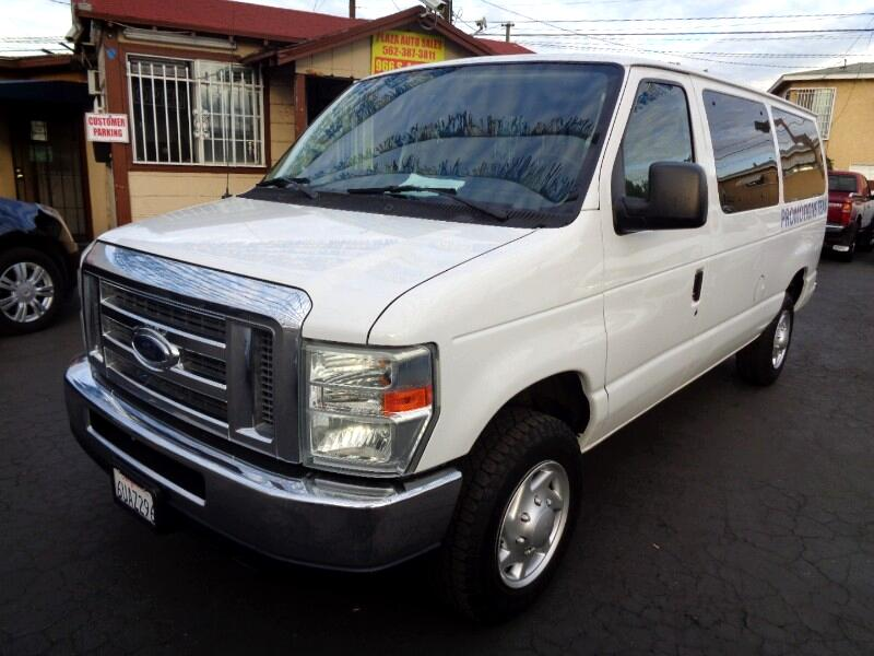 Ford Econoline E-350 XL Super Duty 2012