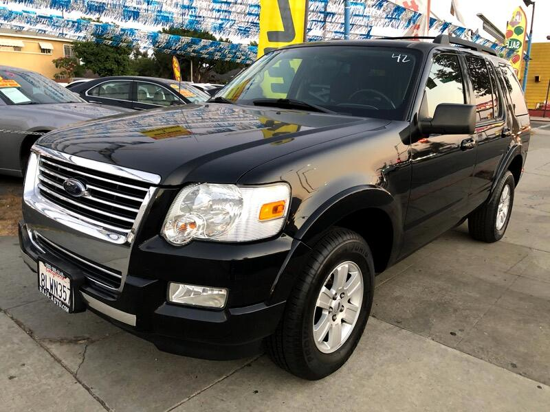 Ford Explorer XLT 4.0L 2WD 2010