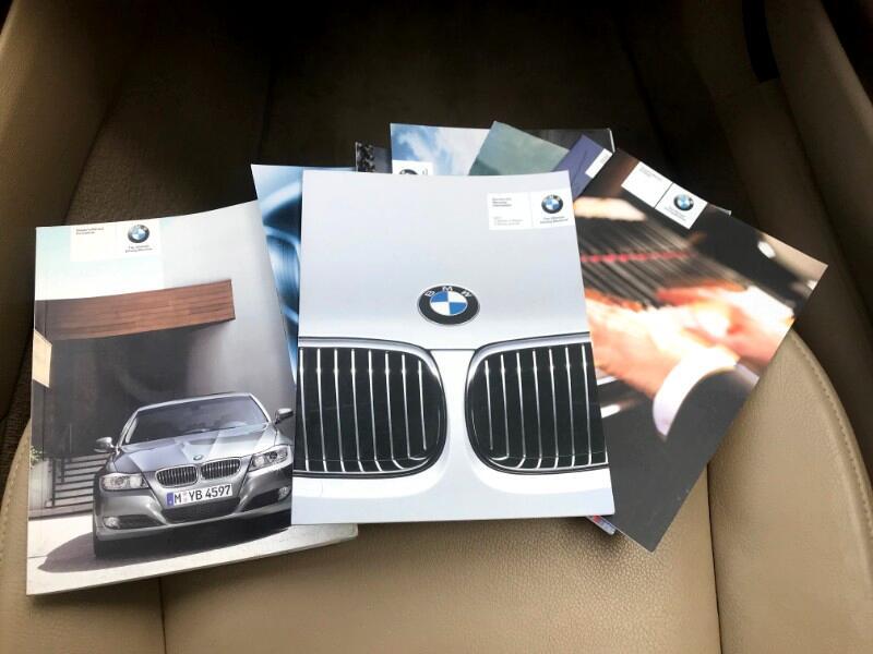 2011 BMW 3-Series Sport Wagon 328i