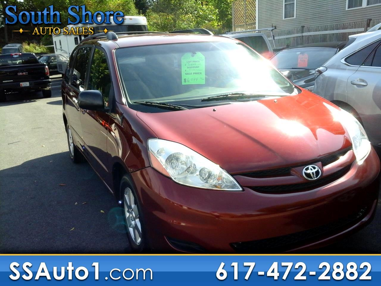 Toyota Sienna LE FWD 7-Passenger Seating 2008