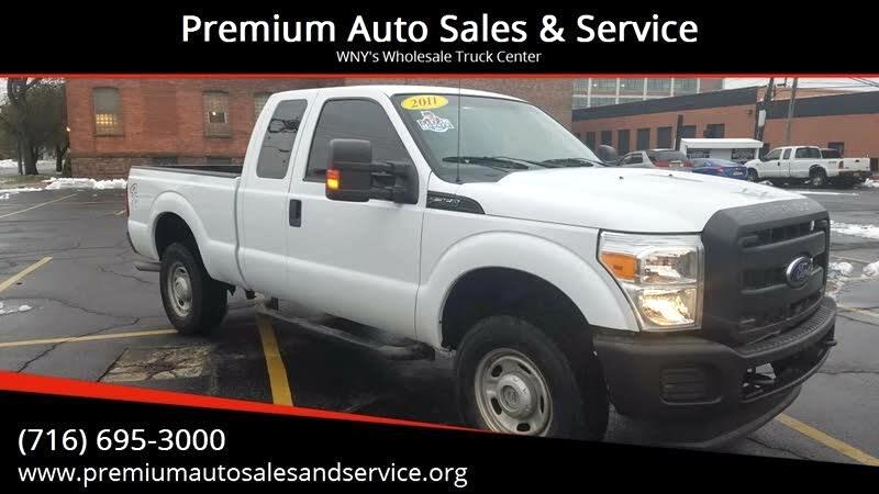 Ford F-250 SD Lariat SuperCab Short Bed 4WD 2011