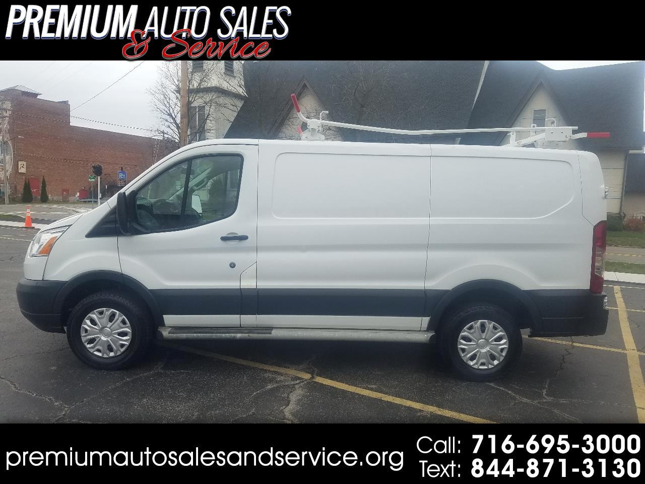 Ford Transit 150 Wagon Low Roof XLT 60/40 Pass. 130-in. WB 2015