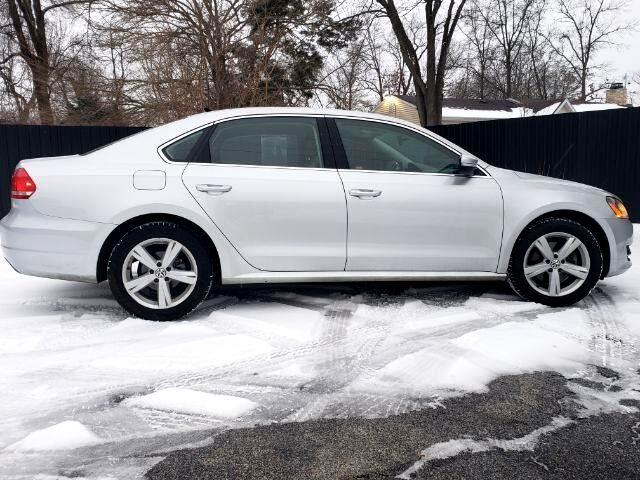 2014 Volkswagen Passat 1.8T SE AT