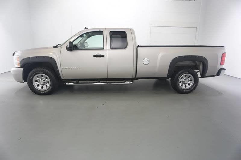 2008 Chevrolet Silverado 1500 LS Ext. Cab Long Box 4WD