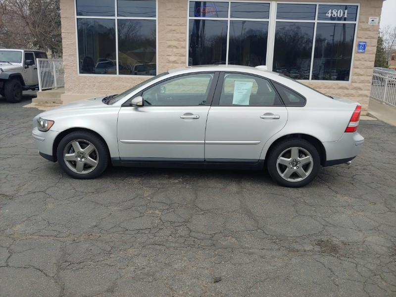 2005 Volvo S40 2.5L Turbo AWD Auto