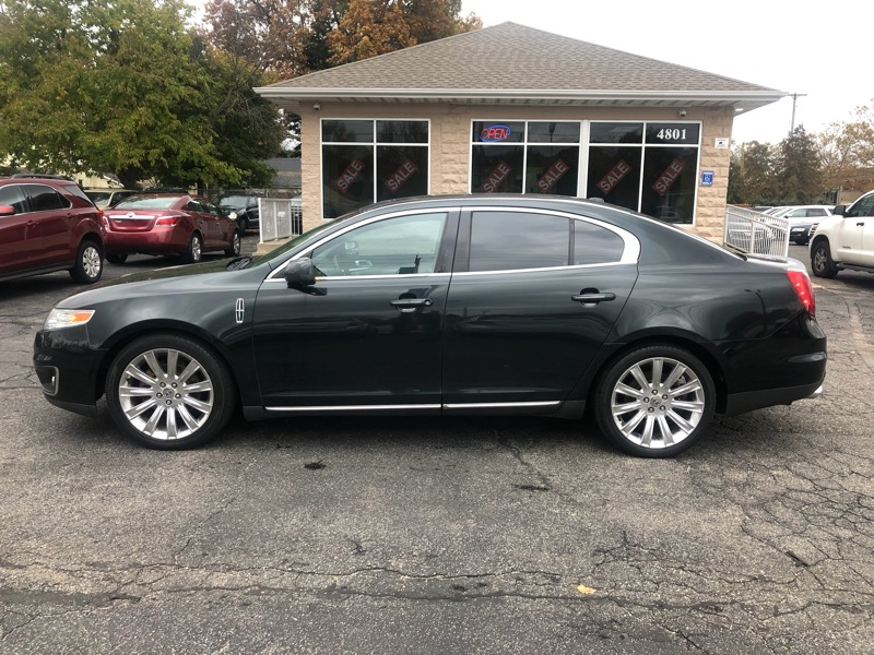 2010 Lincoln MKS 4dr Sdn 3.7L AWD