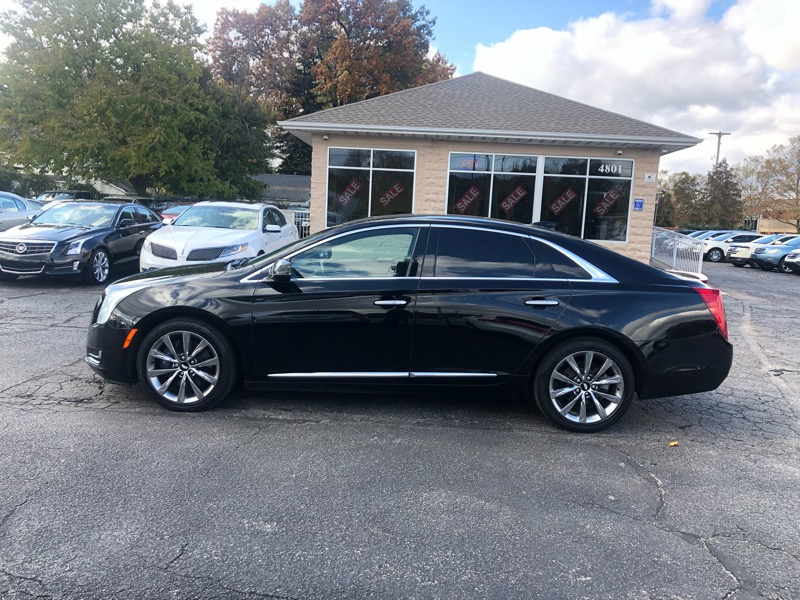 2016 Cadillac XTS 4dr Sdn Livery Package FWD