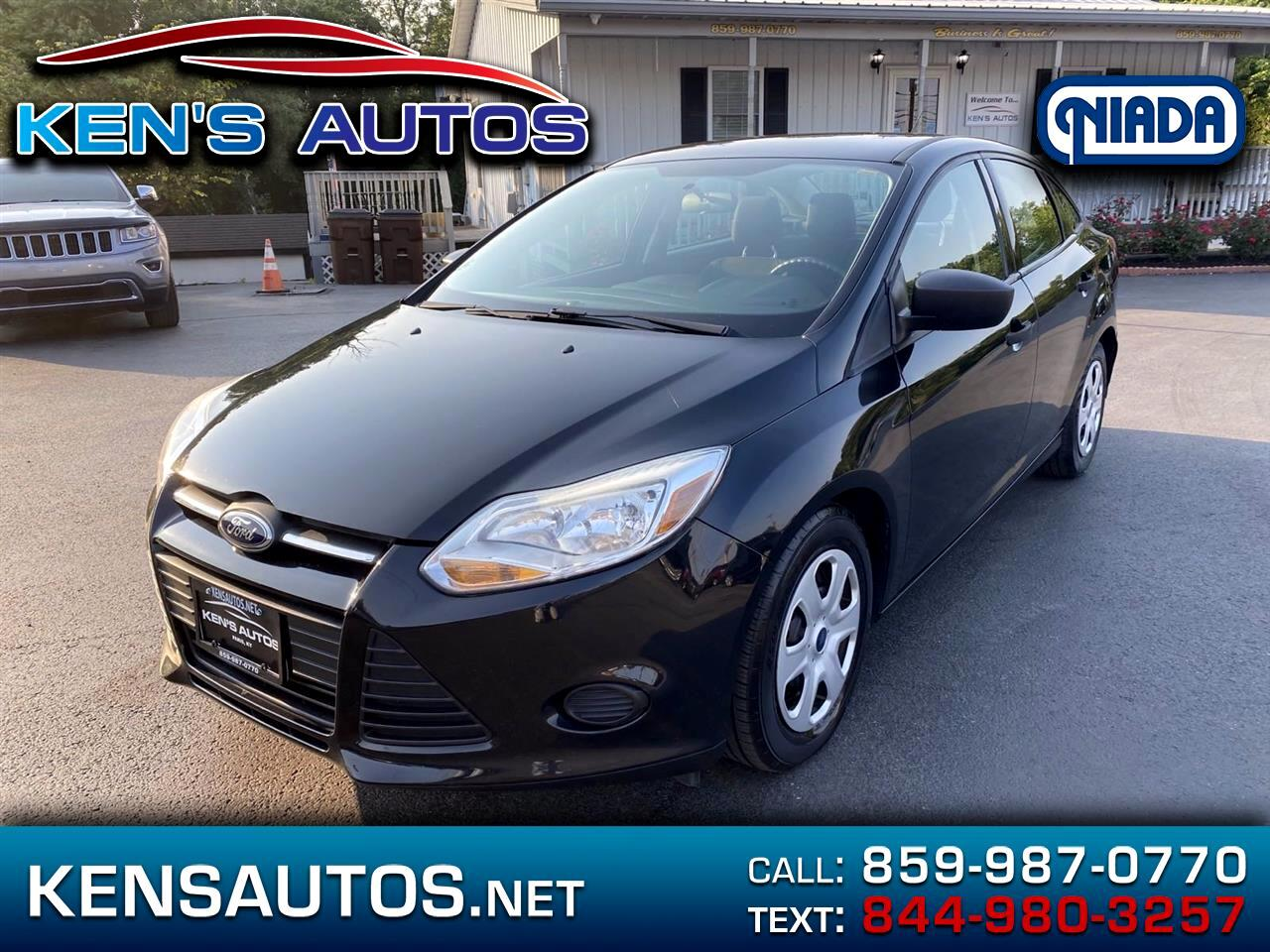 Ford Focus 4dr Sdn S 2014