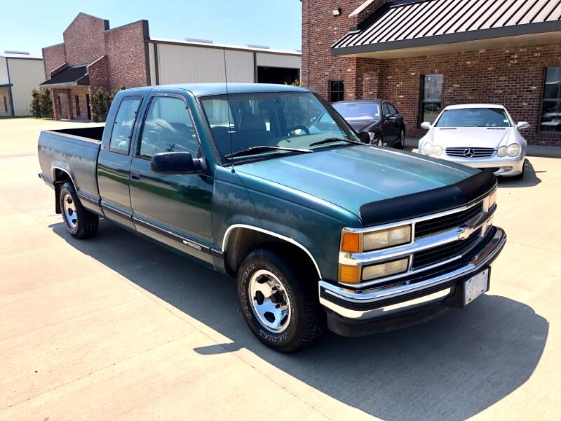 1995 Chevrolet C/K 1500 Cheyenne Ext. Cab 6.5-ft. Bed 2WD