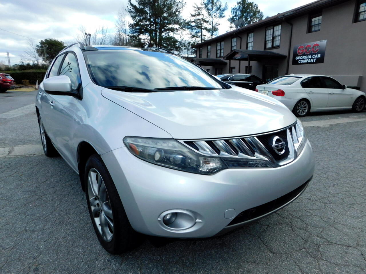 Nissan Murano FWD 4dr LE 2010