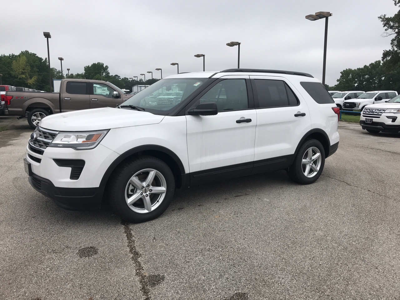 Ford Explorer FWD 4dr Base 2018