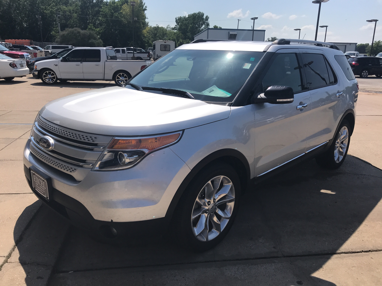 2014 Ford Explorer XLT 4.6L 2WD
