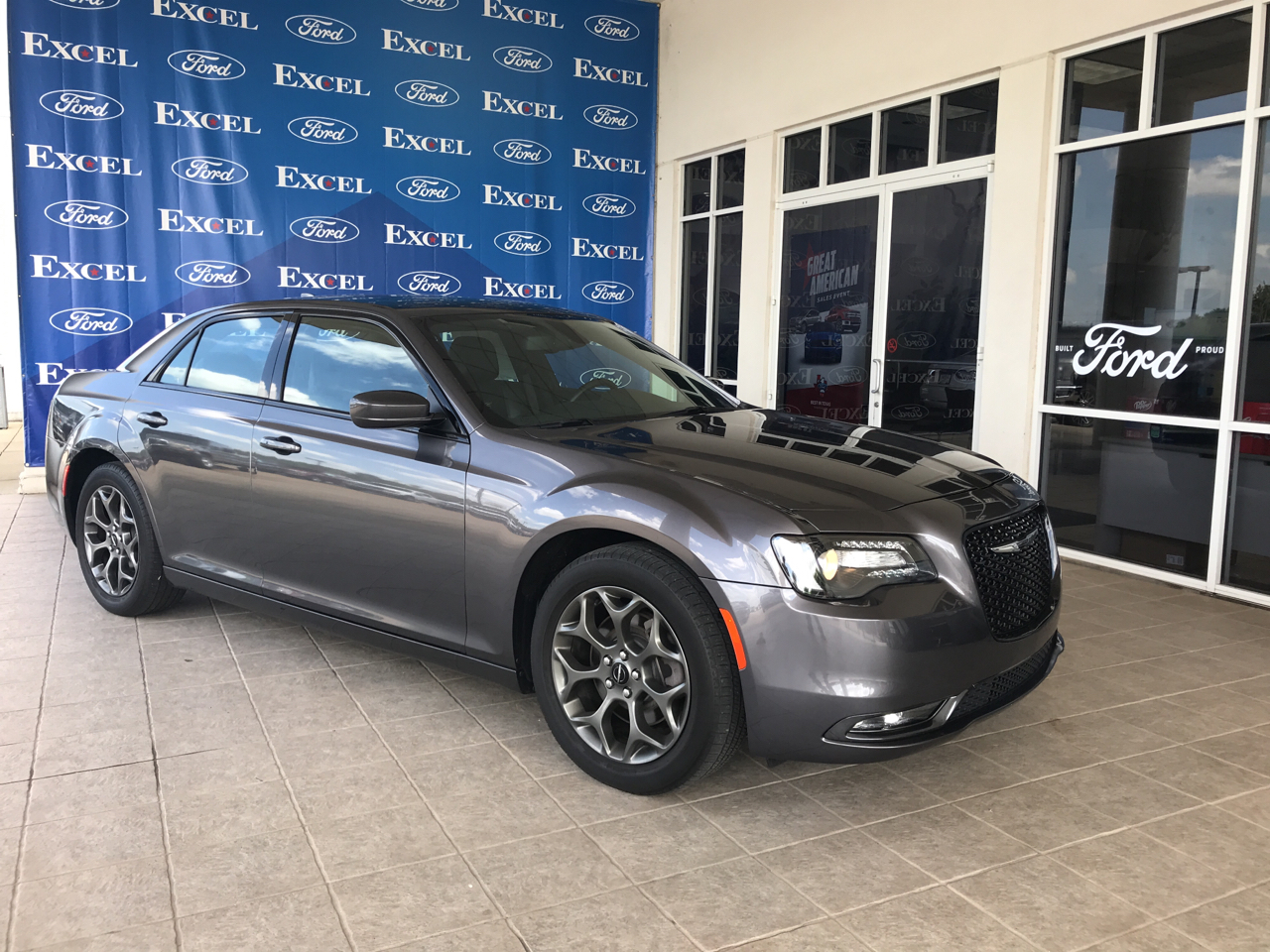2017 Chrysler 300 4dr Sdn 300S AWD